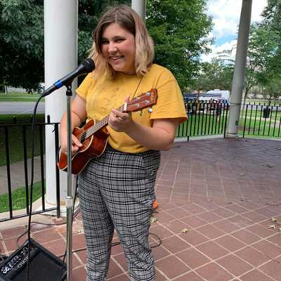 Alivia Hough plays at the Music for Lunch series in Diamond Park. Photo Credit: Tory Hough