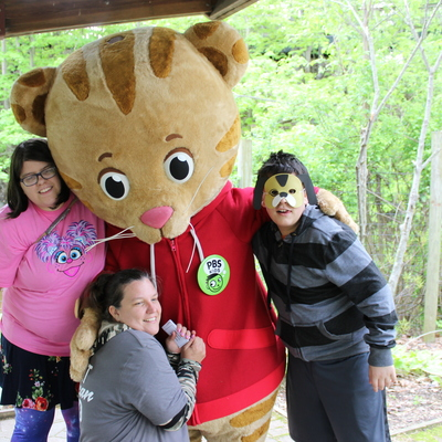 Daniel Tiger visits Erie Zoo